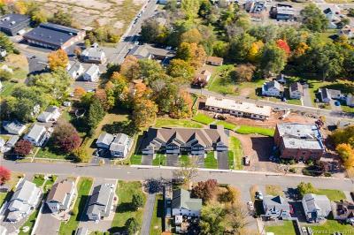 Southington Condo/Townhouse For Sale: 73 Beecher
