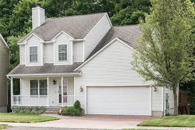 Newington Condo/Townhouse For Sale: 11 Adam Drive