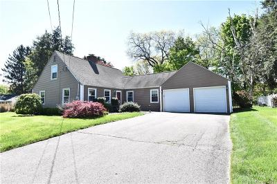 Cheshire Single Family Home For Sale: 69 Brook Lane