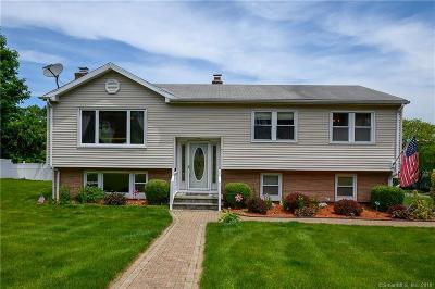 Seymour Single Family Home For Sale: 7 Elmwood Drive