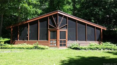 New Milford Single Family Home For Sale: 25 Millstone Ridge Road