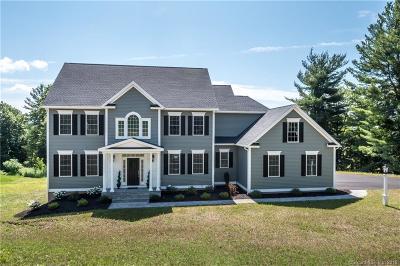 Burlington Single Family Home For Sale: 10 Highwood Crossing