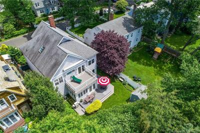 Norwalk Single Family Home For Sale: 33 Pine Point Road