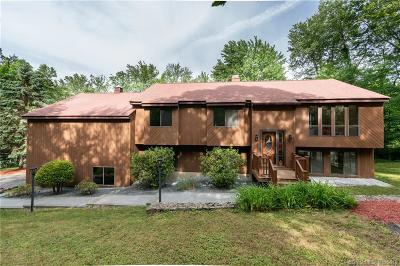 Naugatuck Single Family Home For Sale: 1163 Andrew Mountain Road