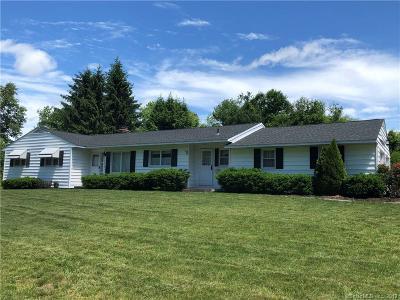 Naugatuck Single Family Home For Sale: 5 Deepwood Road