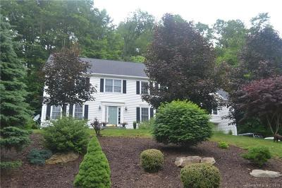Southbury Single Family Home For Sale: 381 Laurelwood Lane