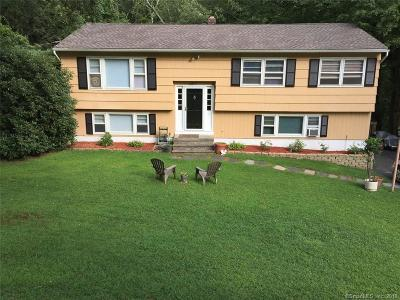 Shelton Single Family Home For Sale: 15 Haverhill Drive