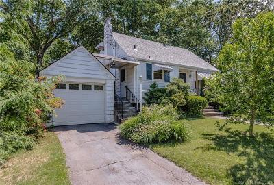 West Haven Single Family Home For Sale: 100 Lakeview Avenue