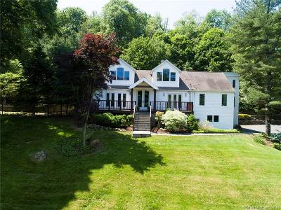 Ridgefield Single Family Home For Sale: 100 Grandview Drive