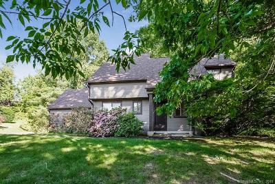 Simsbury Single Family Home For Sale: 15 White Water Turn #15