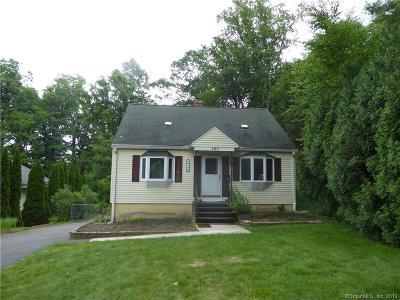 Bristol Single Family Home For Sale: 195 Peck Lane