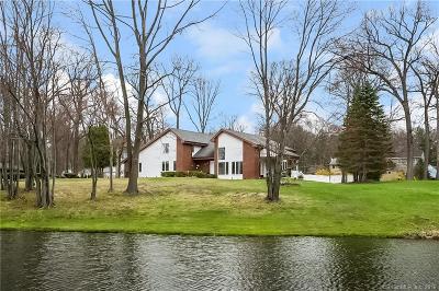 South Windsor Single Family Home For Sale: 34 Doria Lane
