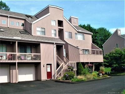 Shelton Condo/Townhouse For Sale: 433 Wooded Lane