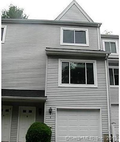 Plainville Condo/Townhouse For Sale: 69 Northwest Drive #7