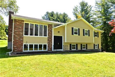 Fairfield County Single Family Home For Sale: 2 Briar Ridge Road