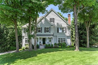 Ridgefield Single Family Home For Sale: 16 Mulvaney Court