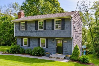 Ridgefield Single Family Home For Sale: 33 Marcardon Avenue
