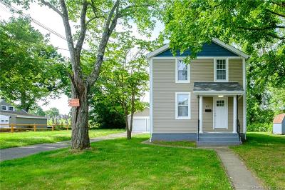 Single Family Home For Sale: 67 Catherine Street