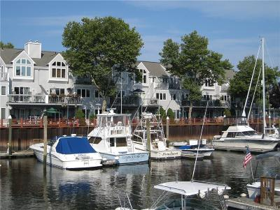 Stratford Condo/Townhouse For Sale: 177 Breakers Lane