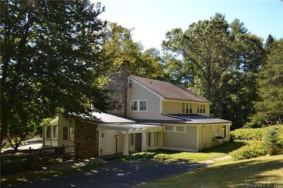 New Milford Single Family Home For Sale: 62 Barker Road