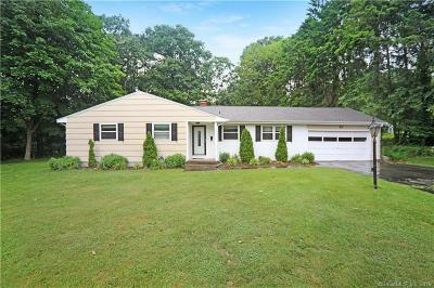 North Haven Single Family Home For Sale: 1560 Hartford Turnpike