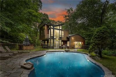 Weston Single Family Home For Sale: 101 Newtown Turnpike