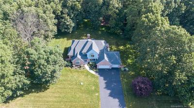 Southington Single Family Home For Sale: 209 Westwood Road
