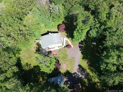 Middletown Single Family Home For Sale: 1215 Bartholomew Road