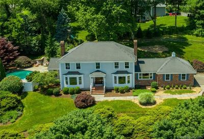Fairfield Single Family Home For Sale: 470 Fulling Mill Lane North