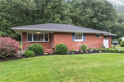Beacon Falls Single Family Home For Sale: 42 Andrasko Road