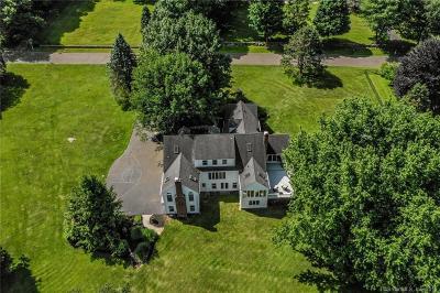 Ridgefield Single Family Home For Sale: 31 East Farm Lane