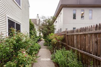 Stamford Condo/Townhouse For Sale: 167 Grove Street #E