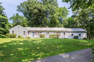 Stamford Single Family Home For Sale: 87 Brookdale Drive