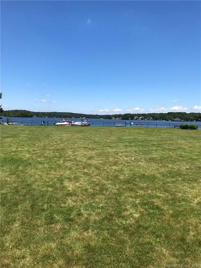 East Hampton Condo/Townhouse For Sale: 10 Mallard Cove #10