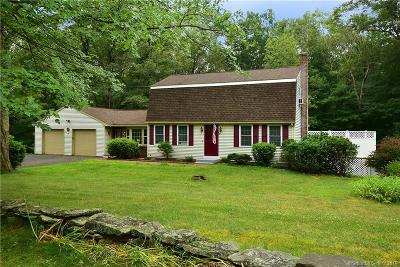 Tolland Single Family Home For Sale: 106 Fox Ridge Lane