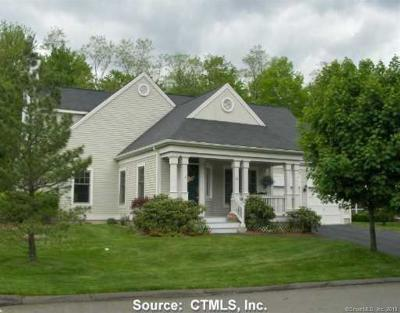 Middlebury CT Single Family Home For Sale: $325,000