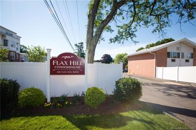 Norwalk Condo/Townhouse For Sale: 208 Flax Hill Road #5