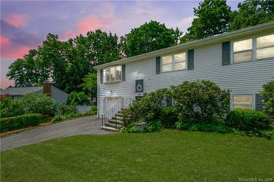 Plainville Single Family Home For Sale: 17 Black Birch Road