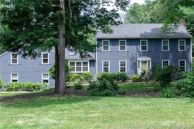 Cheshire Single Family Home For Sale: 8 East Ridge Court