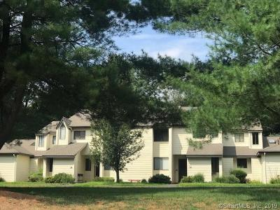 Simsbury Condo/Townhouse For Sale: 26 Simsbury Landing #26