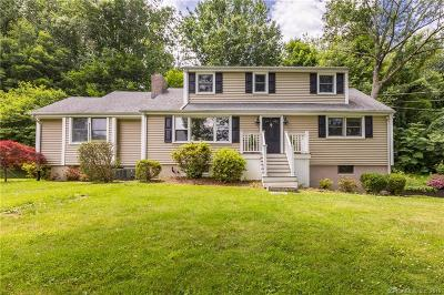 Ridgefield Single Family Home For Sale: 106 Grandview Drive