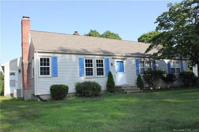 Southington Single Family Home For Sale: 1124 Marion Avenue