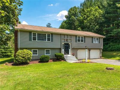 Avon Single Family Home For Sale: 85 Craigemore Circle