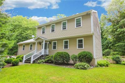 Shelton Single Family Home For Sale: 32 Rock Ridge Road