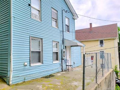 Waterbury Single Family Home For Sale: 44 Gilbert Street