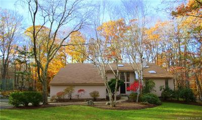 Weston Single Family Home For Sale: 7 Treadwell Court
