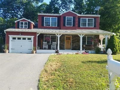 Torrington Single Family Home For Sale: 33 Oxford Way