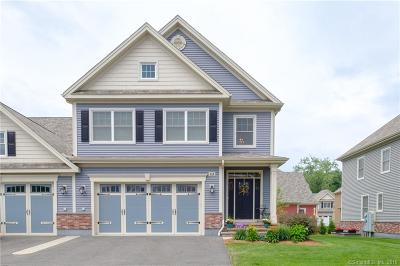Newington Single Family Home For Sale: 83 Harvest Court