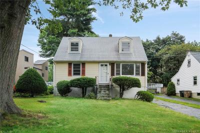 Stamford Single Family Home For Sale: 223 Hillandale Avenue