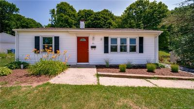 Wallingford Single Family Home For Sale: 22 Norman Avenue
